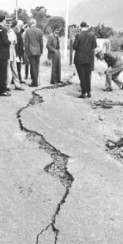 Photograph of crack in road in Ceres caused by earthquake